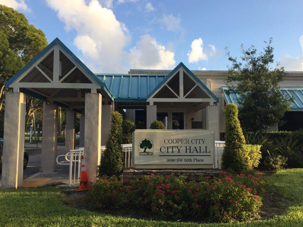 Cooper City FL-Mid-Florida Metal Roof Contractors of Pembroke Pines