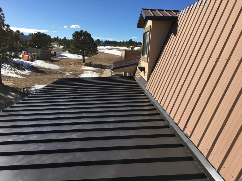 Metal Roofing Systems-Mid-Florida Metal Roof Contractors of Pembroke Pines