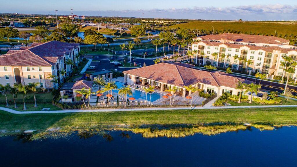 Miramar FL-Mid-Florida Metal Roof Contractors of Pembroke Pines