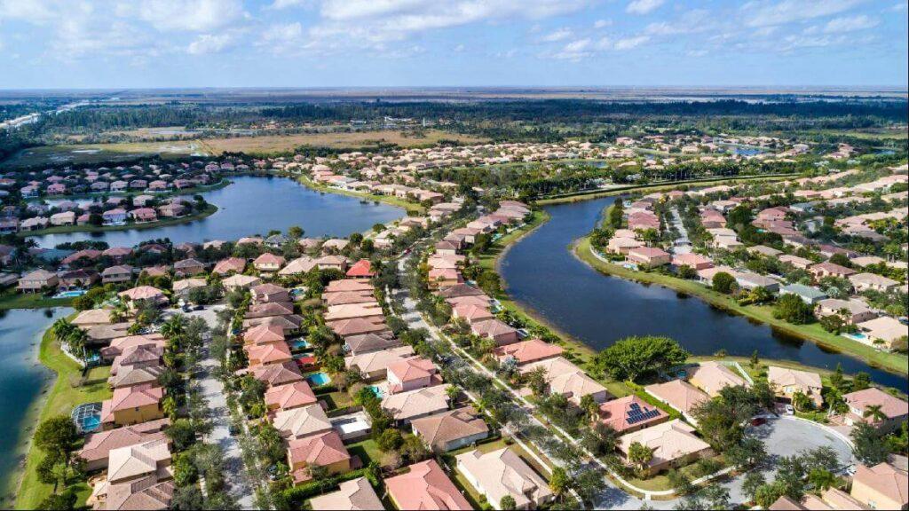 Weston FL-Mid-Florida Metal Roof Contractors of Pembroke Pines